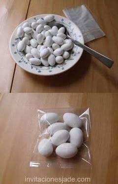 Souvenirs con dulces para fiestas de boda