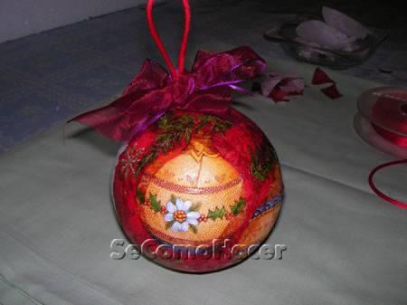 Bolas para el rbol de navidad c mo hacer bolas de - Como decorar una bola de navidad ...