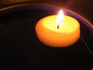Decoraci n con velas velas decoradas caseras decorar - Como fabricar velas ...