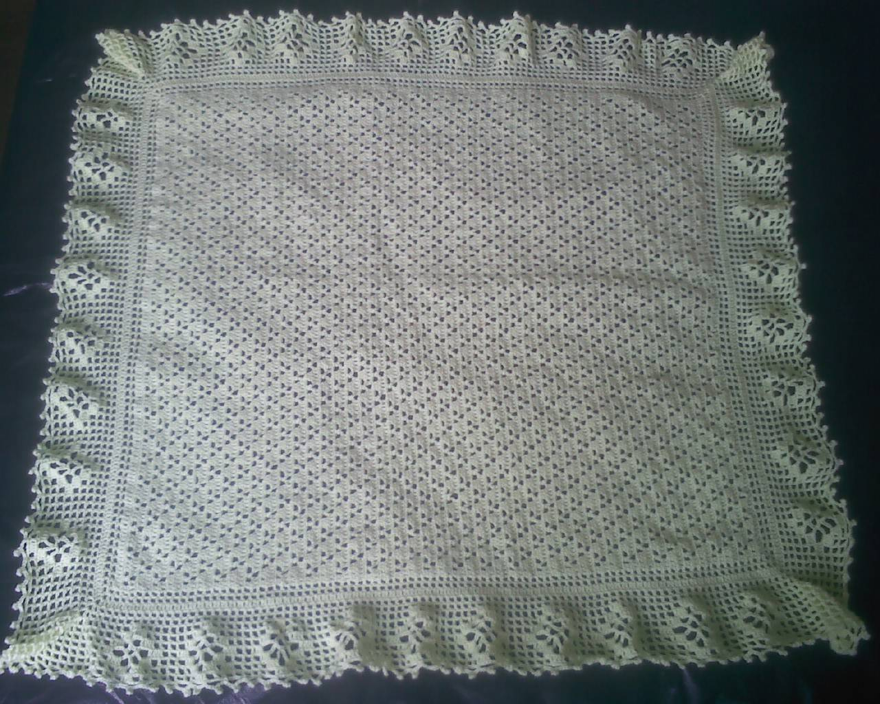 Mantas de crochet a cuadros y otras colchas tejidas con - Hacer manta de ganchillo ...