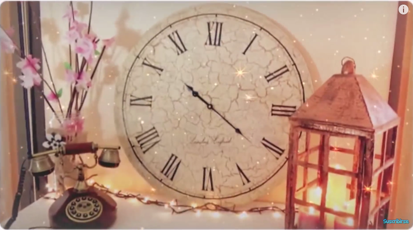 Reciclaje y craquelado de cart n tutorial para hacer un - Hacer reloj de pared con fotos ...