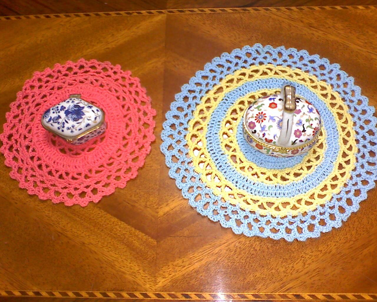 Cómo tejer tapetes fáciles de ganchillo :: Un juego de tapetes de ...